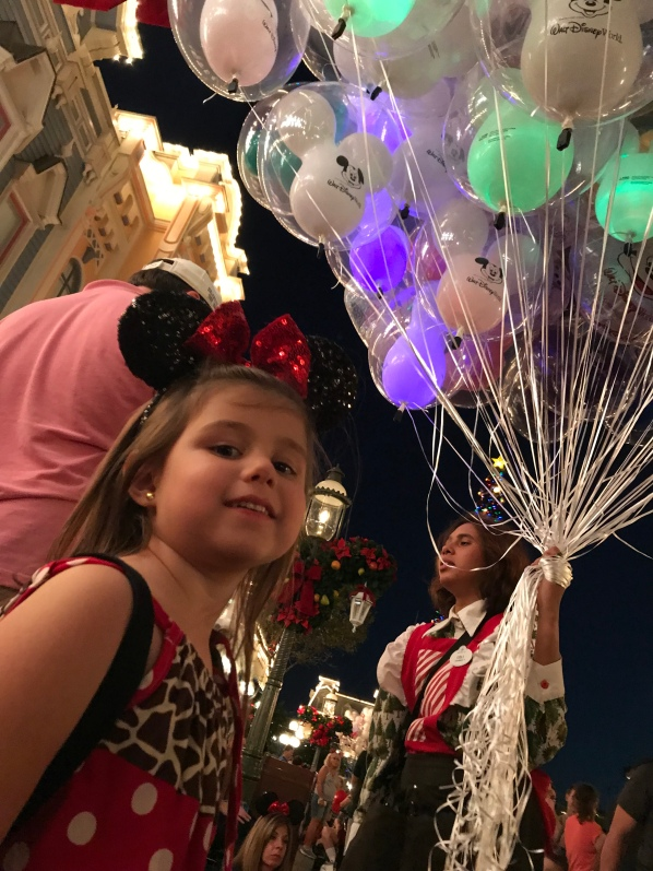 Should you buy a ballon at Walt Disney World