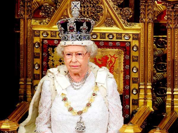 Queen of England, on the throne, who packs for the queen